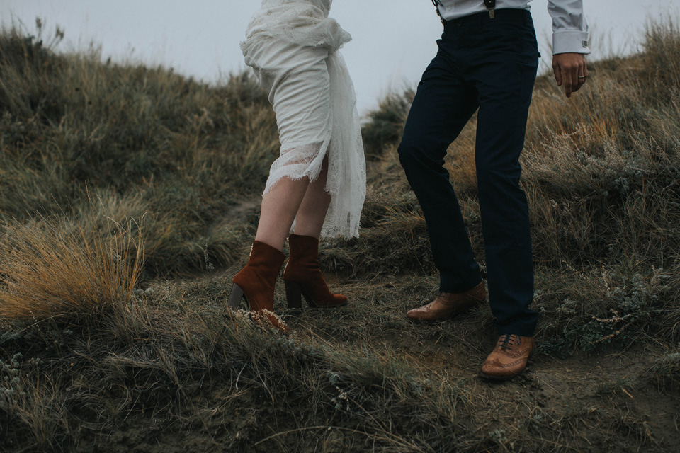 Drumheller Vow Renewal Elopement - Michelle Larmand Photography038