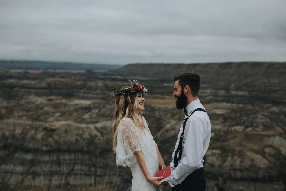 Drumheller Vow Renewal Elopement - Michelle Larmand Photography047
