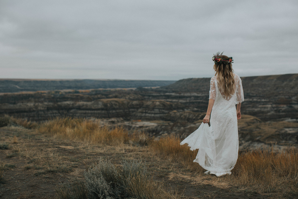 Drumheller Vow Renewal Elopement - Michelle Larmand Photography066