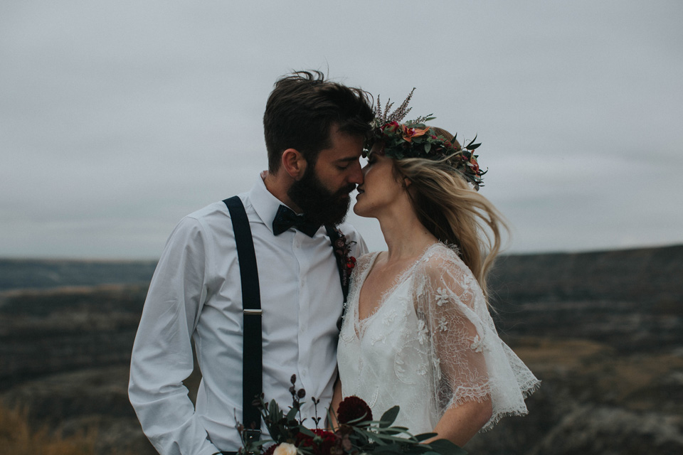 Drumheller Vow Renewal Elopement - Michelle Larmand Photography070