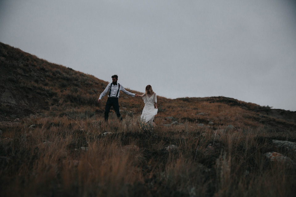Drumheller Vow Renewal Elopement - Michelle Larmand Photography086