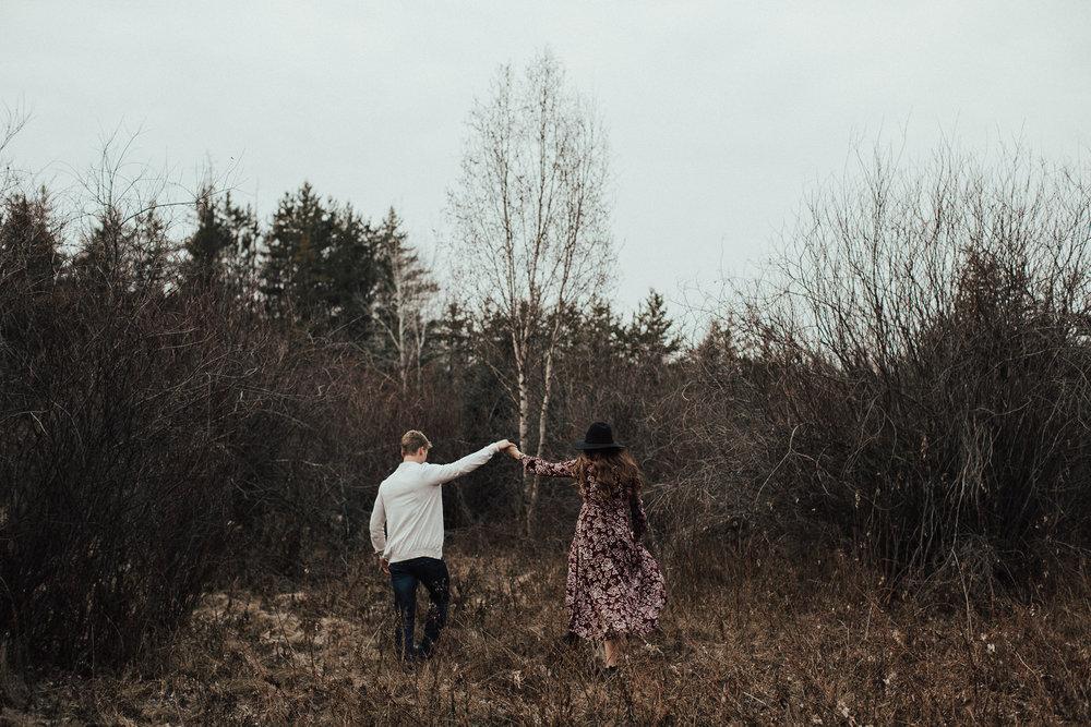 Edmonton Engagement Photographer - Michelle Larmand Photography - Mossy woods engagement session009