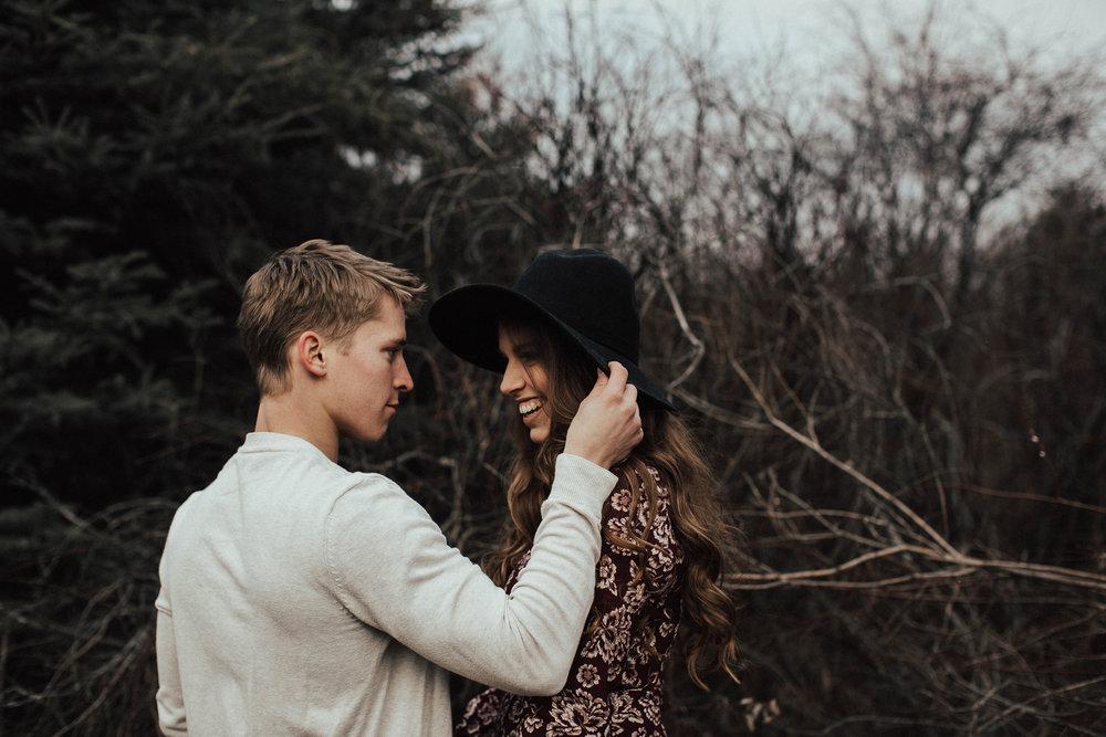 Edmonton Engagement Photographer - Michelle Larmand Photography - Mossy woods engagement session010