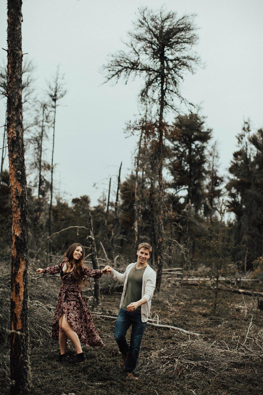 Edmonton Engagement Photographer - Michelle Larmand Photography - Mossy woods engagement session054