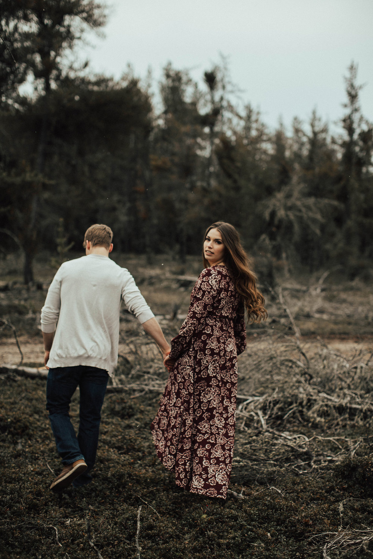 Edmonton Engagement Photographer - Michelle Larmand Photography - Mossy woods engagement session056