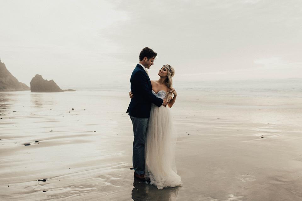 Hug Point Oregon Elopement - Michelle Larmand Photography -012