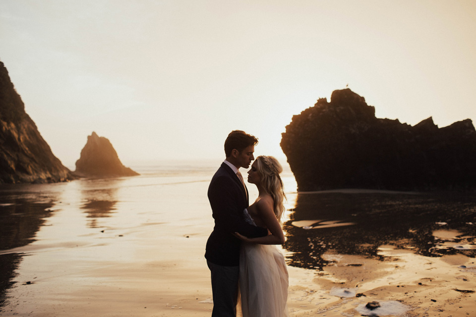Hug Point Oregon Elopement - Michelle Larmand Photography -044