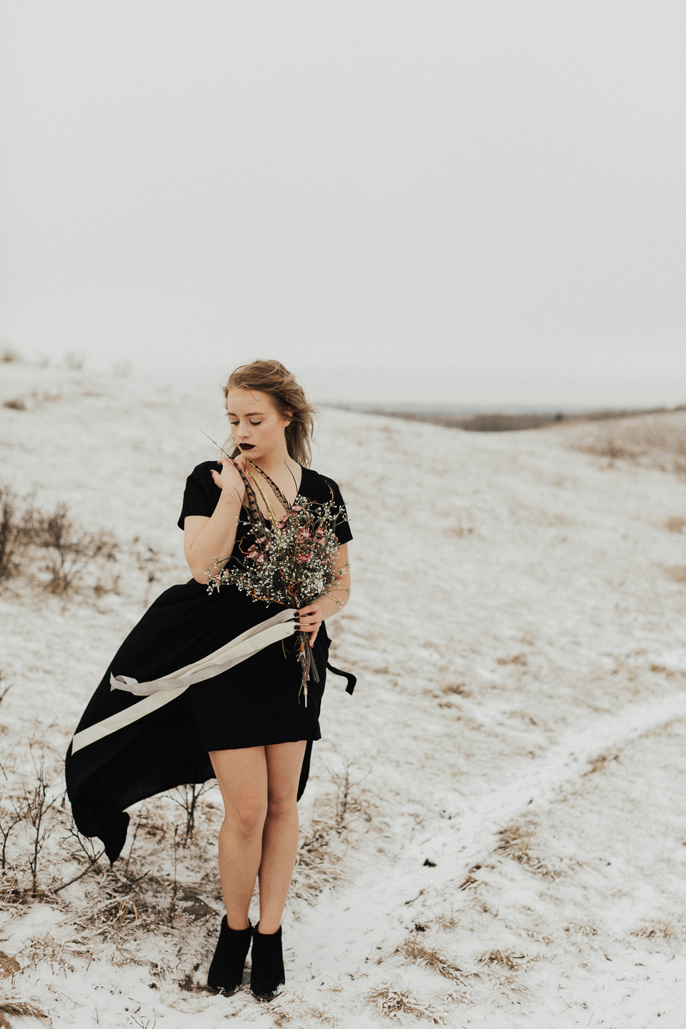 Moody Winter Bridals Edmonton Portrait and Wedding Photographer - Michelle Larmand Photography -019