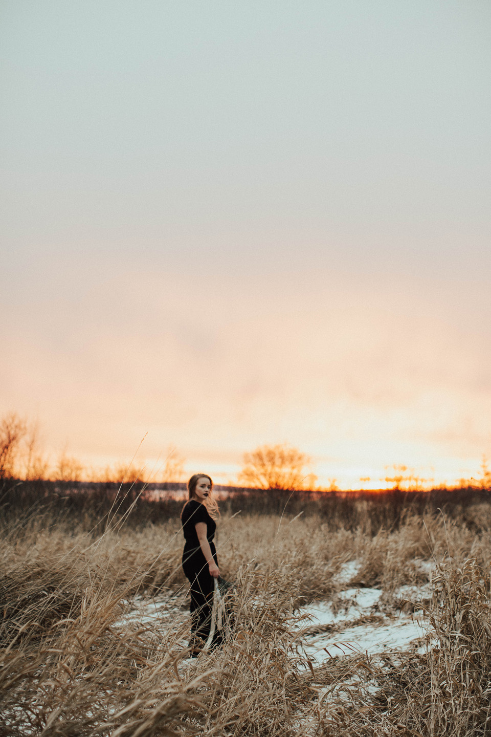 Moody Winter Bridals Edmonton Portrait and Wedding Photographer - Michelle Larmand Photography -065