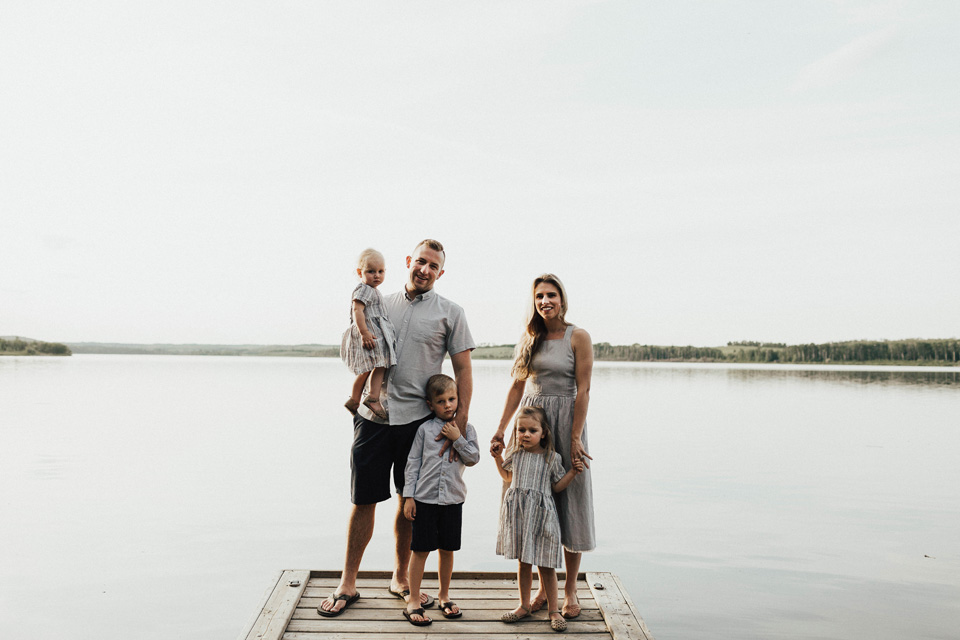 Summer lakeside family session - Michelle Larmand Photography - 003