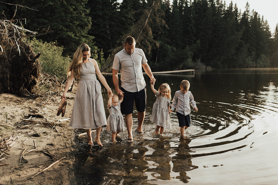 Summer lakeside family session - Michelle Larmand Photography - 021