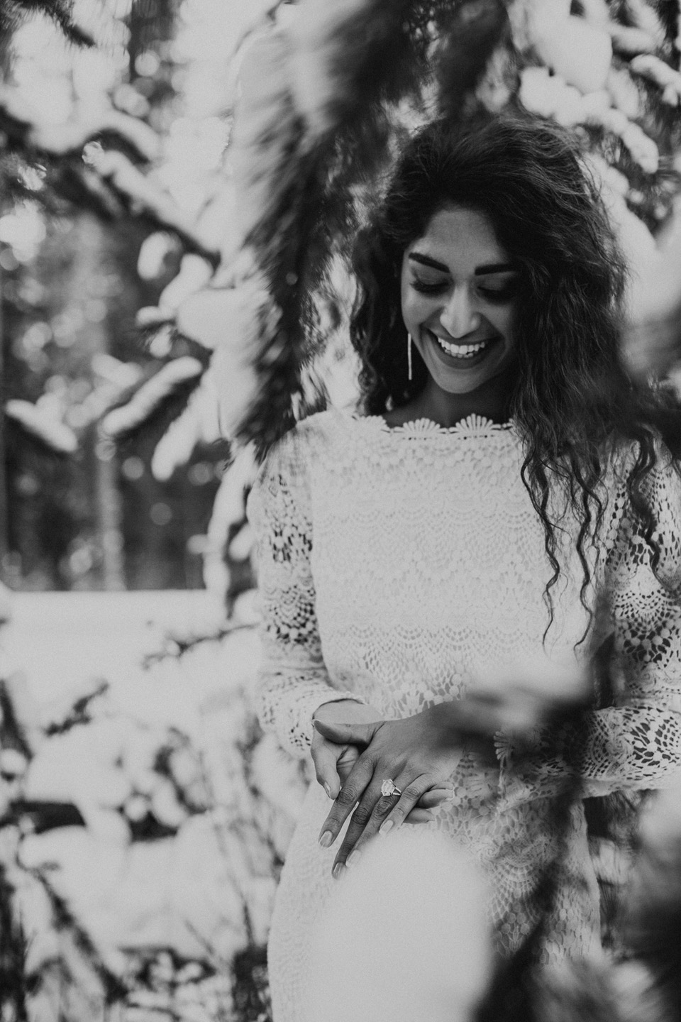 Winter Mountain Bohemain Bridal Inspiration - Michelle Larmand Photography - Banff Wedding Photography -035