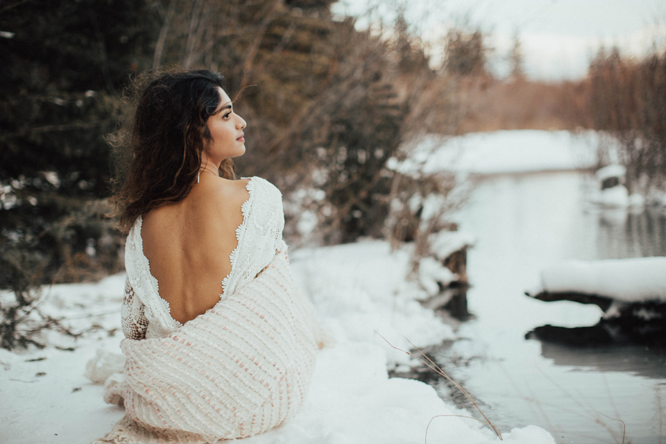 Winter Mountain Bohemain Bridal Inspiration - Michelle Larmand Photography - Banff Wedding Photography -068