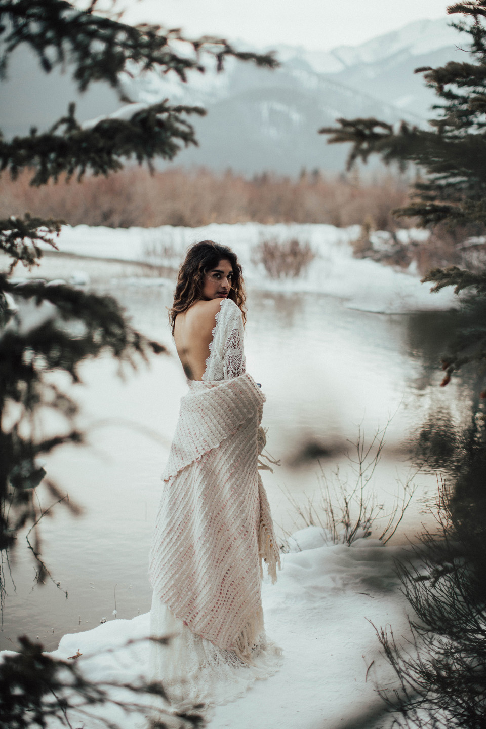 Winter Mountain Bohemain Bridal Inspiration - Michelle Larmand Photography - Banff Wedding Photography -072