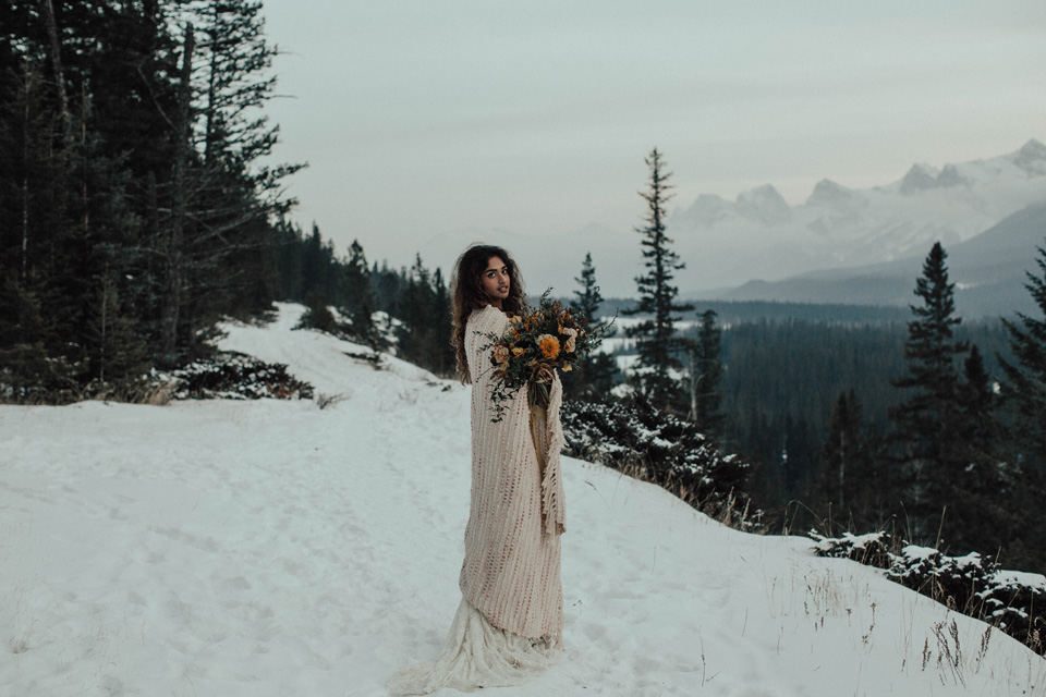 Winter Mountain Bohemain Bridal Inspiration - Michelle Larmand Photography - Banff Wedding Photography -080