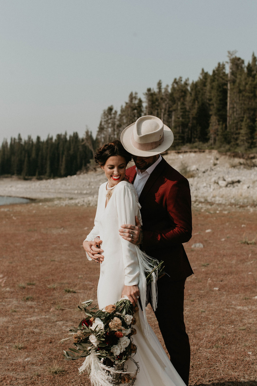 banff-elopement-photography-007.jpg