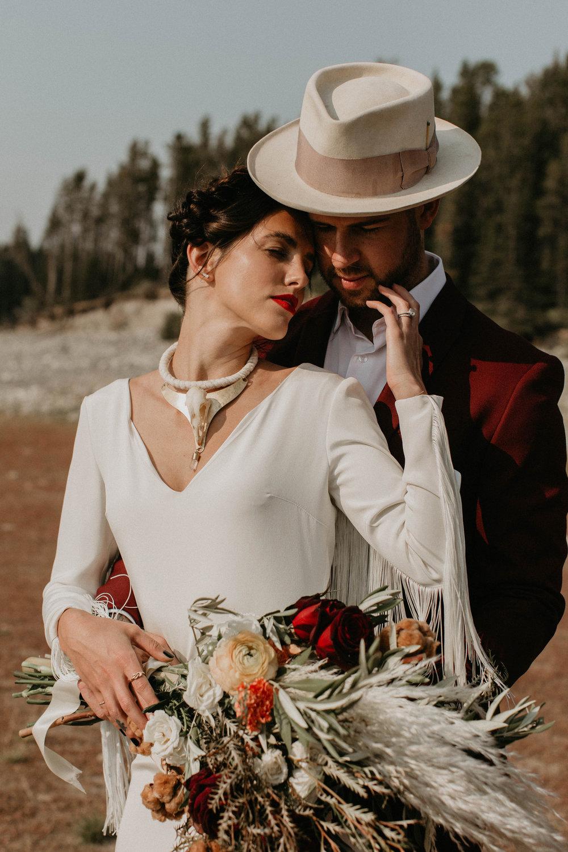 banff-elopement-photography-010.jpg