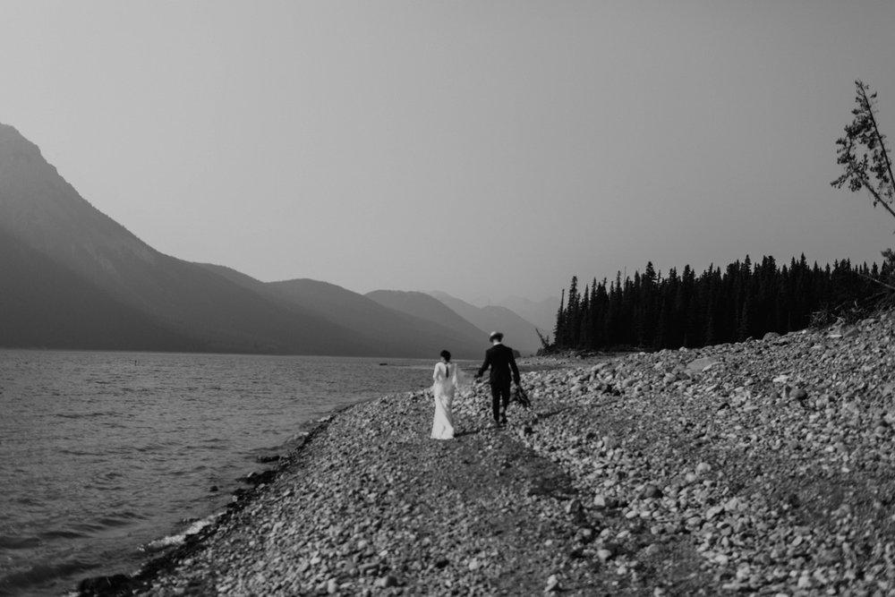 banff-elopement-photography-012.jpg
