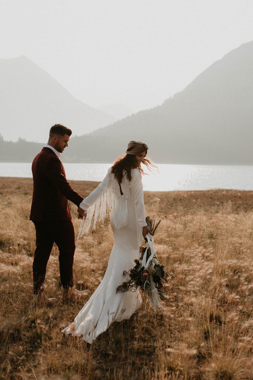 banff-elopement-photography-040.jpg