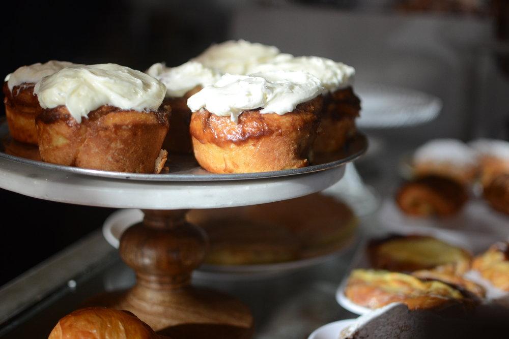 cinnamon-rolls-madeleines-cafe-patisserie-spokane-washington