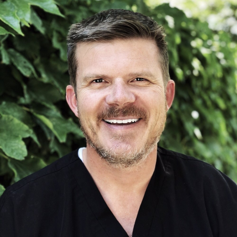 Jason Skinner, DDS - One of Dr. Skinner's favorite aspects of dentistry is that in dentistry's ever-changing technology and techniques, there is always more to learn.  The more training he receives, the more he wants to know.  He loves studying the latest techniques in cosmetic dentistry, implants, prosthodontics, oral conscious sedation, IV sedation, and orthodontics. His love of technology also keeps his dental office up-to-date with some of the best dental equipment on the market.  He is a Fellow of International Congress of Oral Implantologists and completed a residency in dental implants at Whitecap Institute