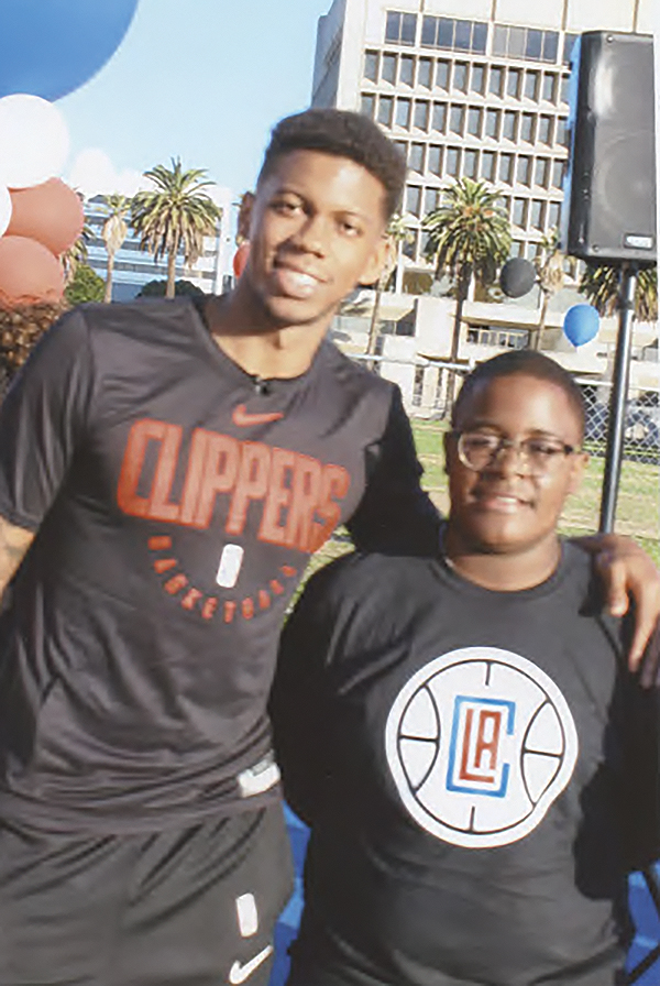 Clippers Continue Great Community Support pic 2.jpg