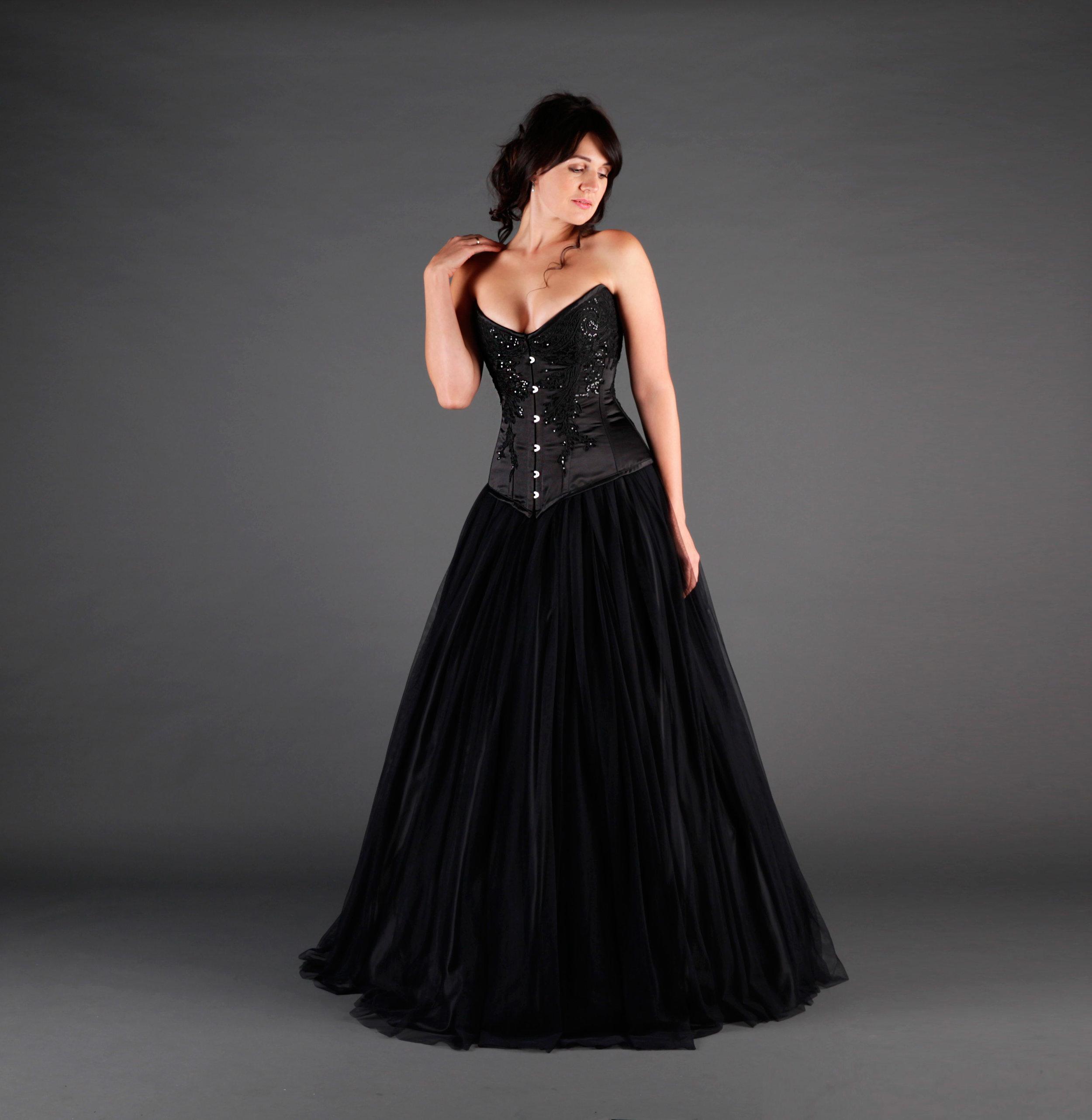 09f818ac060a QUEEN: Black Wedding Dress — IVORY BLACK