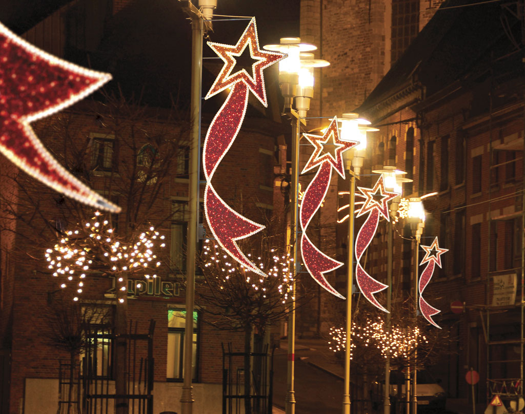 xmas-street-decorations