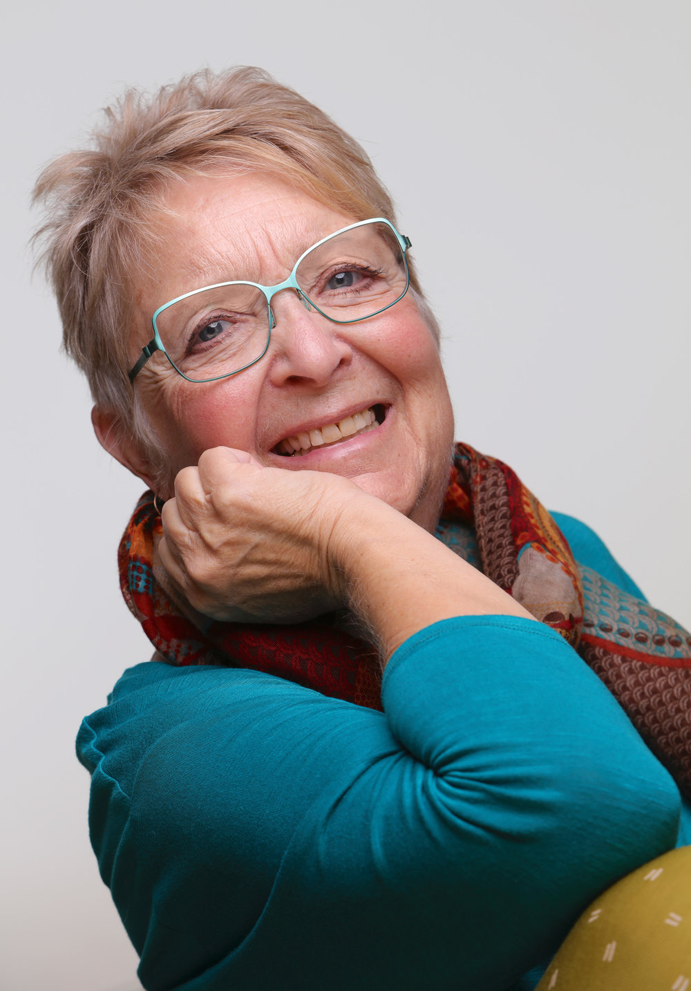 meet felice - Felice Rhiannon brings seven+ decades of life experience to the present moment. Her work in the world has been varied, most often guided by her heart, though sometimes by economic necessity! She has been privileged to be a yoga therapist, specialising in teaching yoga, in all its aspects, to people living with cancer, heart disease and muscular-skeletal challenges. Upon leaving that work, Felice was ordained as a OneSpirit interfaith minister, serving elders and the LGBT community. She is also a Veriditas-Certified Labyrinth Walk Facilitator. Felice most recently trained as a workshop leader with Sage-ing International and presents workshops in the UK and world-wide.