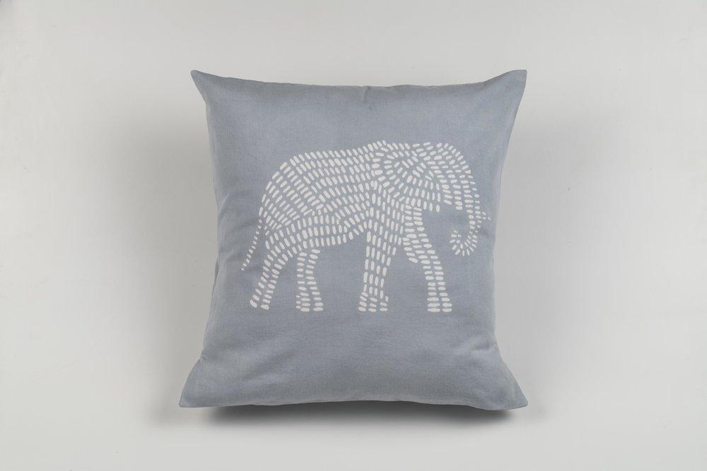 C50 Big Elephant, Silver.jpg