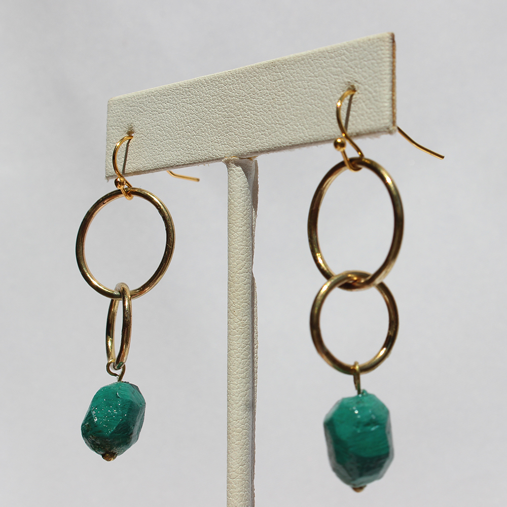 GIFTT EARRINGS - NUGGET DOUBLE CIRCLE (EMERALD).jpg
