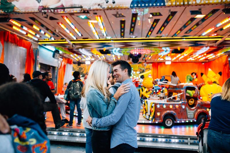 photos-de-couple-fete-foraine-bordeaux-adeline-este-photographe04.jpg