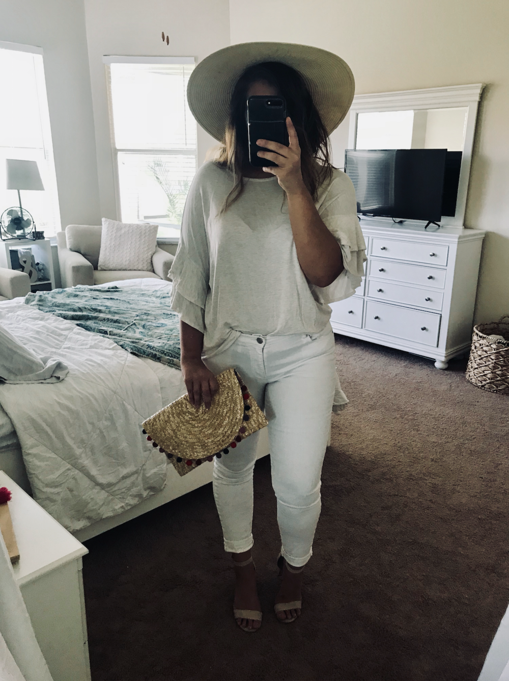 Summer Brunch: Exaggerated Sleeve