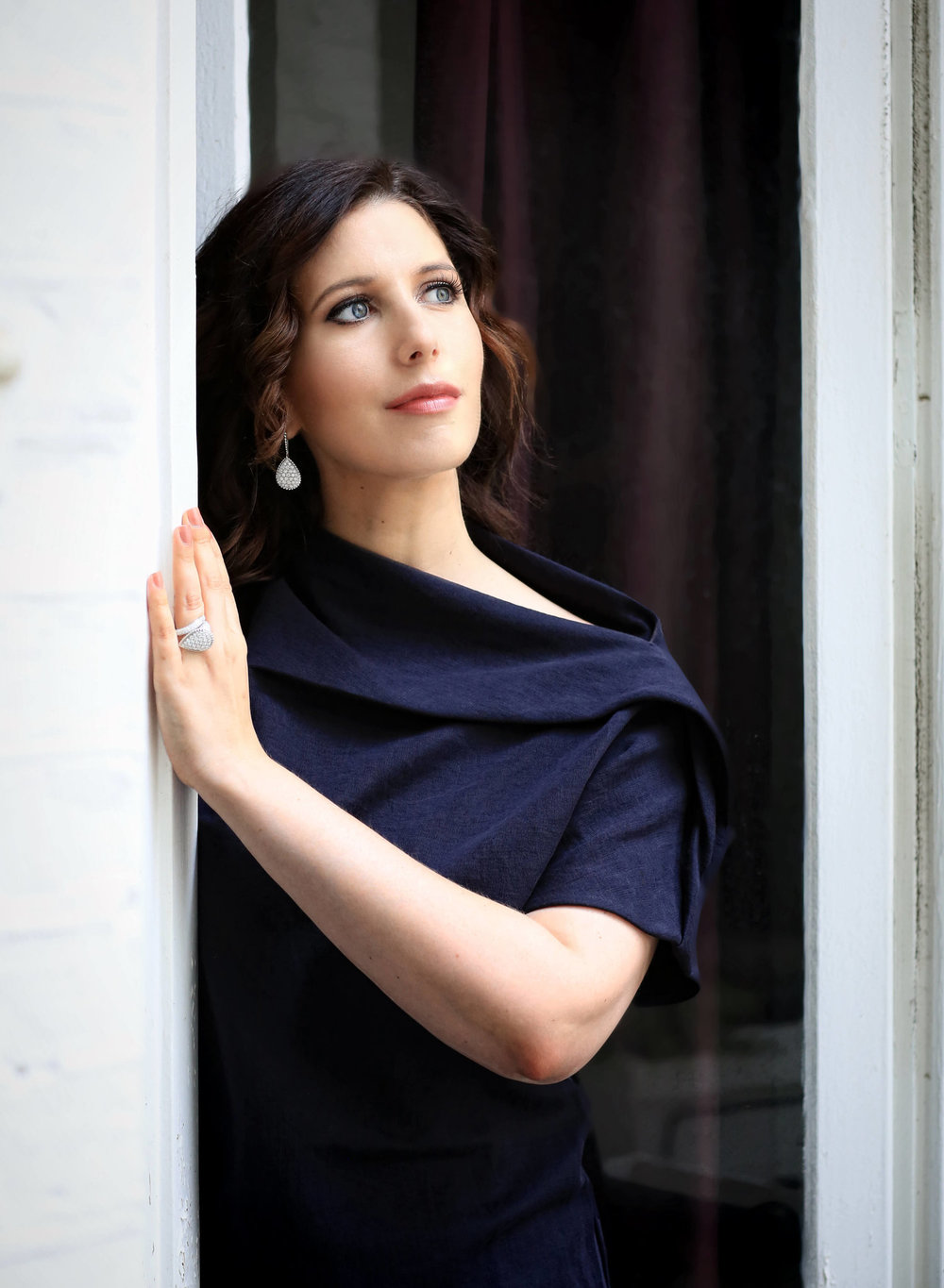 Ellie Dehn discusses her title role in SF Opera's 'Arabella' - HOODLINEAmerican soprano Ellie Dehn sings the title role of 'Arabella'. A native of Minnesota, she has sung many roles to great acclaim with SF Opera (Musetta in
