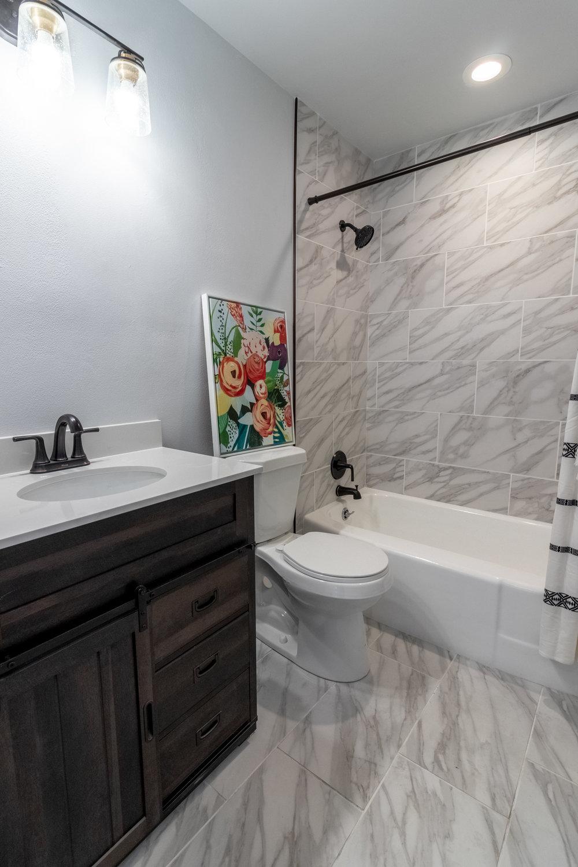 22 - Hall Bathroom 1.jpg