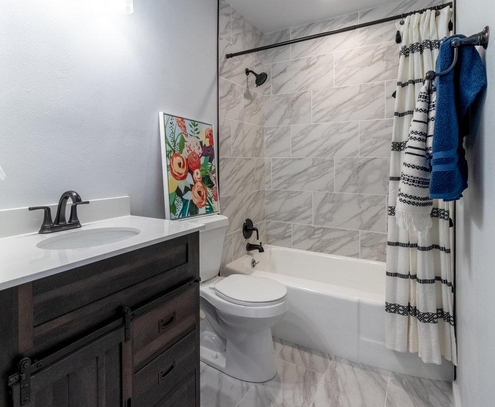 23 - Hall Bathroom 2.jpg