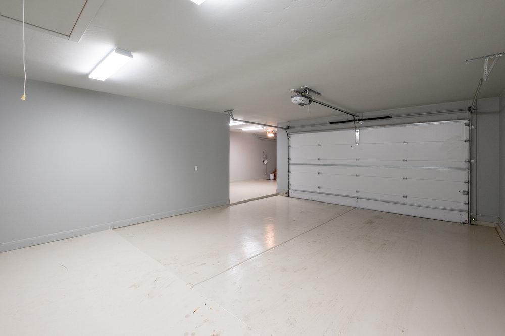 Garage Inside-1.jpg