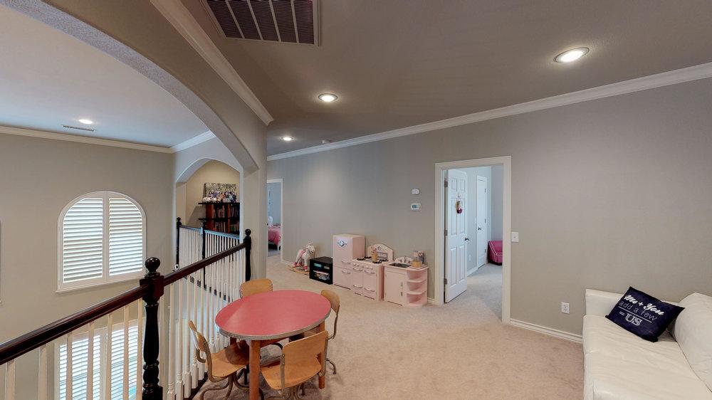 4502-Ashville-Place-Amarillo-TX-79119-Upstairs-Living-Area.jpg