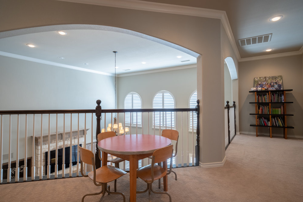 Upstairs Living Area-2.jpg