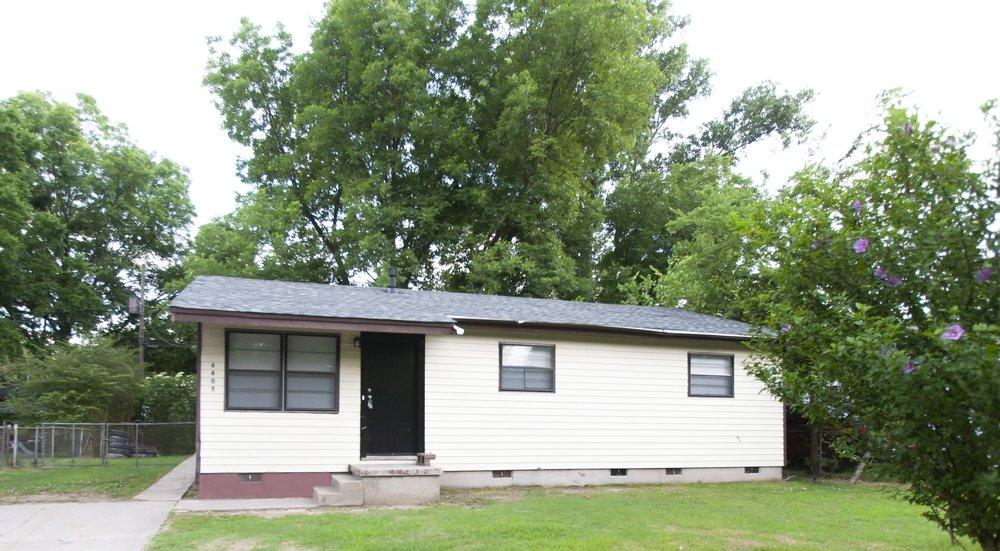 001_Pecan House.jpg
