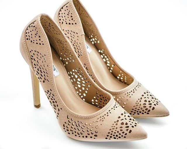 Fall feels = Fall heels! 🍂 now on website! @shopisabelxo #fall #isabelxo #love #shoes #fashion #heels #fallcolors