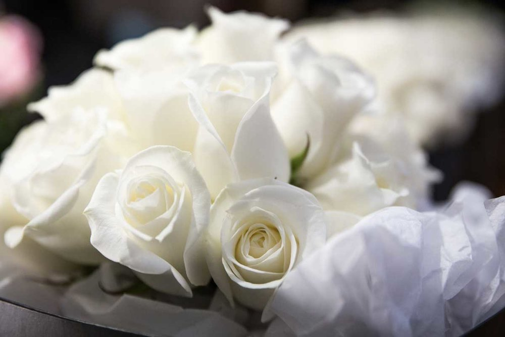 White-rose-bridal-bouquet