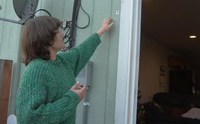 Emmie Sperandeo - Discovers bullet hole in side of house New Years Day!