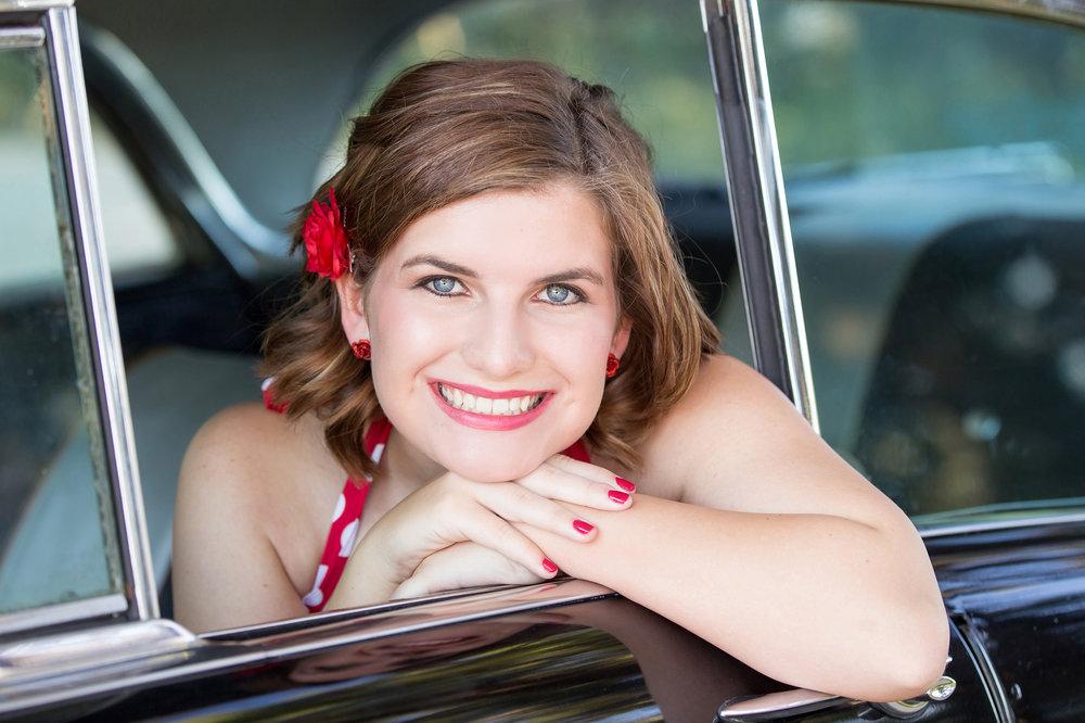 Senior-girl-vintage-car-red-polkadot-dress.jpg