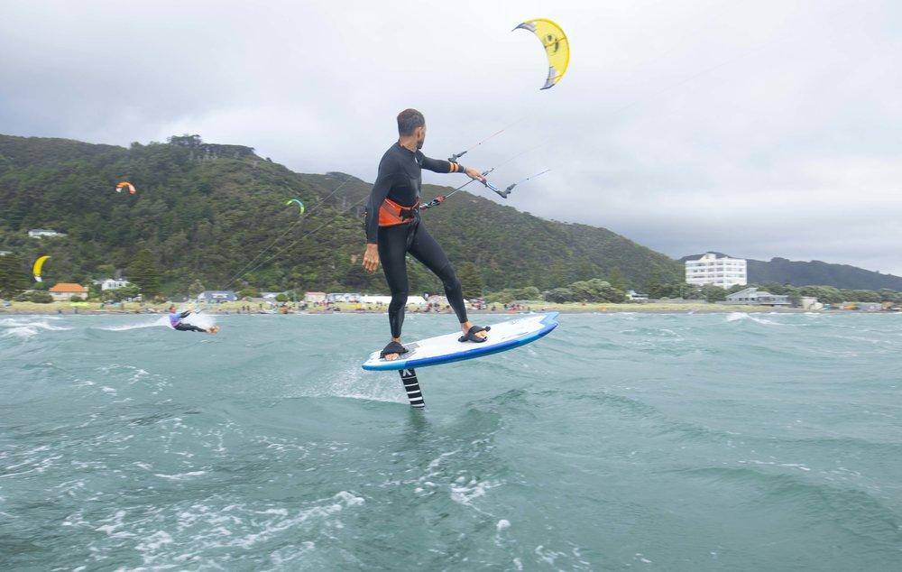 Kitesurfing Wellington.jpg