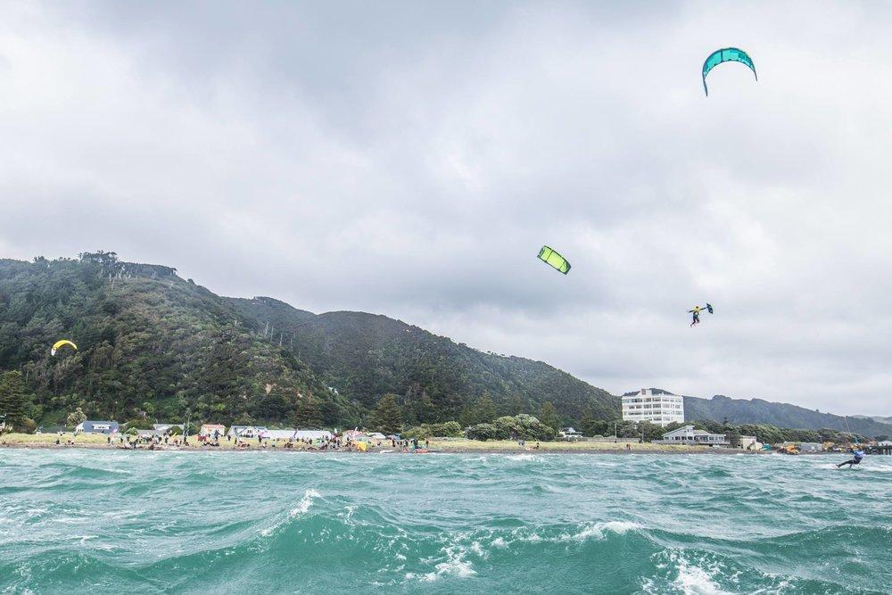 Marc Jacobs - Waterbourne Big Air Kitesurfing