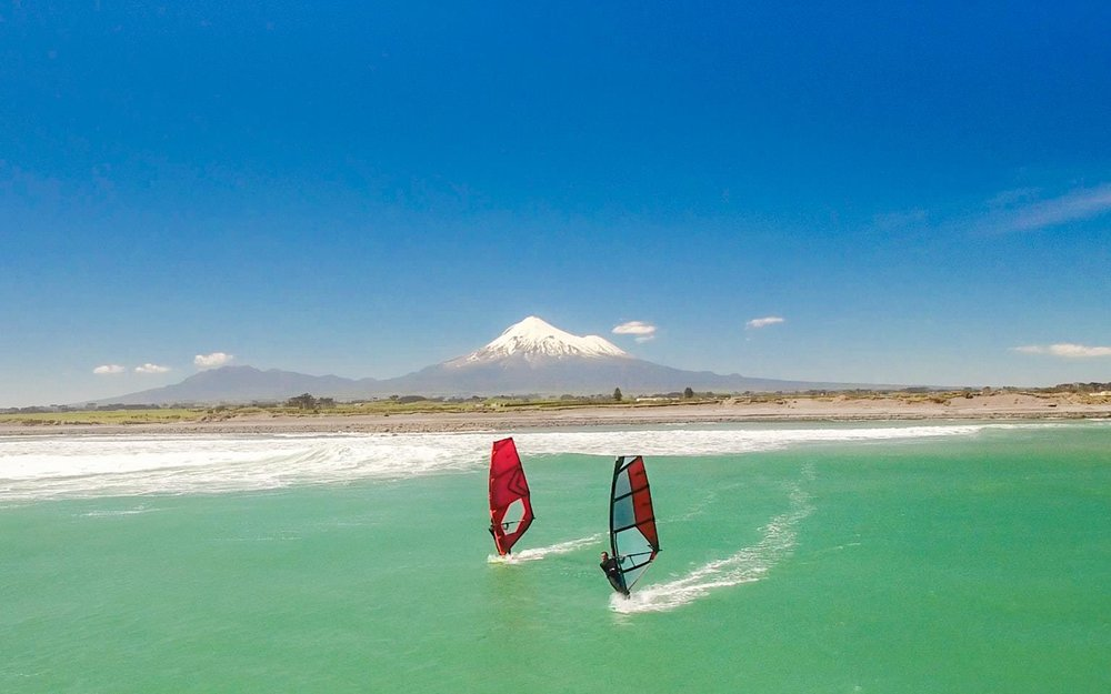 Taranaki-Windsurfing-Event-New-Zealand