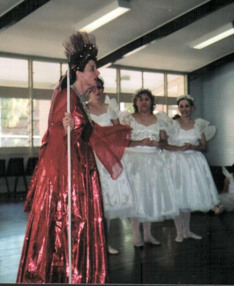 Iolanthe 2 Queen & Fairies.jpg
