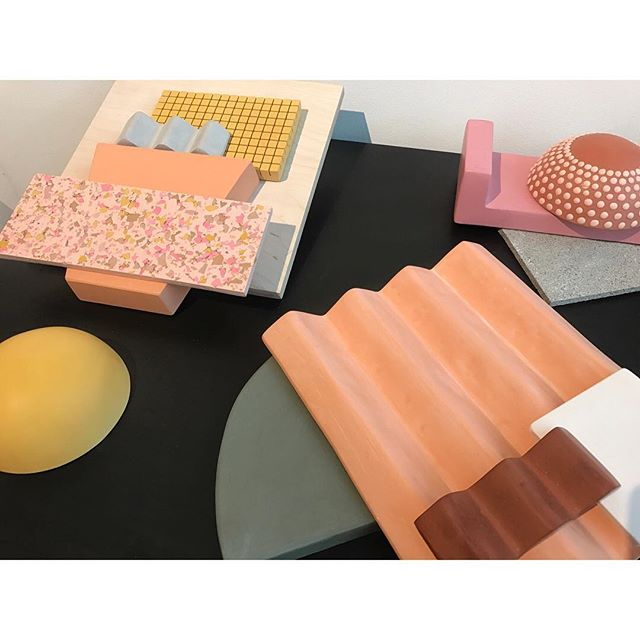 Explore the shapes and colours!  Surface Design Show 2019 last day  #SDS19 #newtalent #surfacedesign #design #plaster #jesmonite