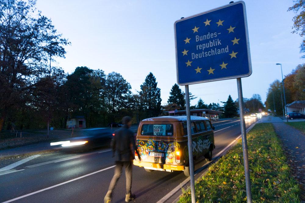 Grig-crosses-border-to-Germany.jpg